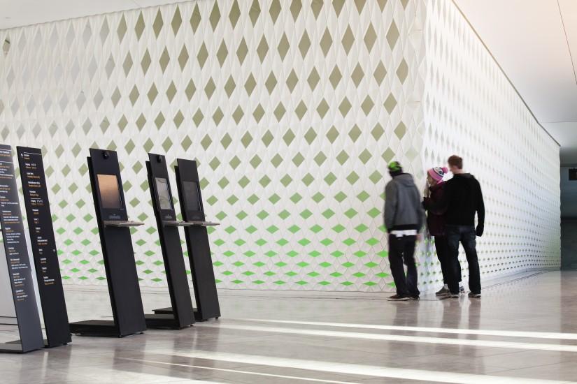 <em>The other wall</em>, Olafur Eliasson. Fotograf: Trond Isaksen