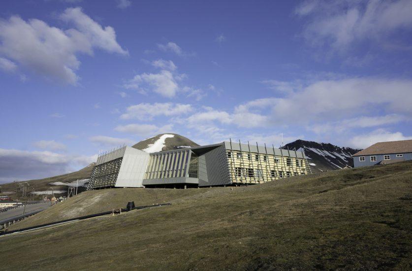<em>Sysselmannen på Svalbard</em>, Longyearbyen. Fotograf: Eva Elisabeth Grøndal