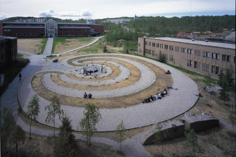 <em>Labyrinten</em>, Guttorm Guttormsgaard. Fotograf: Jaro Hollan