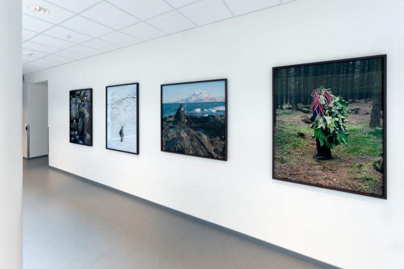 <em>Eyes as Big as Plates</em>, Karoline Hjort og Riita Ikonen. Fotograf: Werner Zellien