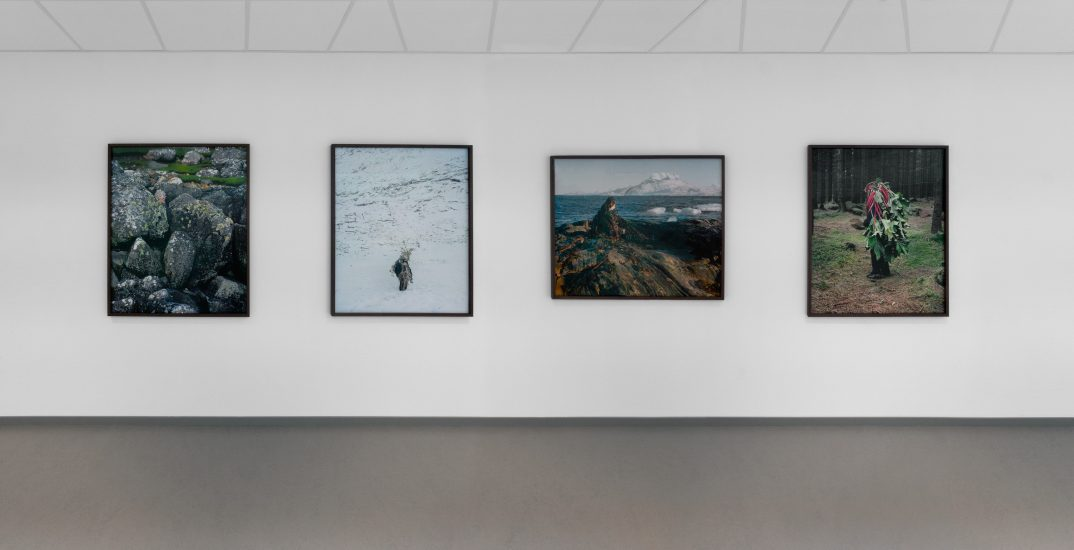 <em>Oversikt over fotoserien Eyes as Big as Plates</em>, Karoline Hjorth, Riitta Ikonen. Photographer: Werner Zellien