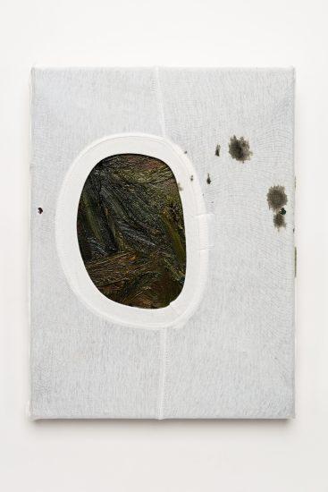 <em>Sten Are Sandbeck</em>, oljemaling på linlerret og del av bomulls T-shirt, 2016. Photographer: Vegard Kleven