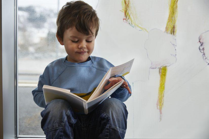 <em>Kunsten å finne perler</em>, kunstbok for barn av Øyvind Torseter. Photographer: Øystein Klakegg