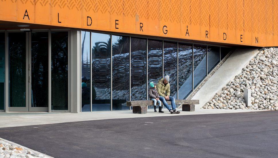 <em>Benk</em>, Tarje Eikanger Gullaksen. Fotograf: Geir Egil Bergjord