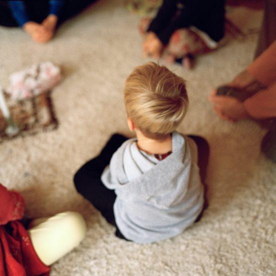 <em>The ideal state (Yoga kids)</em>, Una Hunderi. Photographer: Una Hunderi