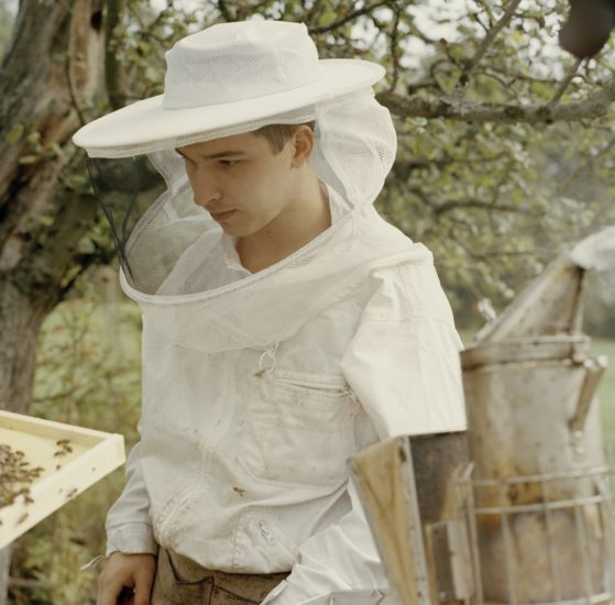 <em>The ideal state (Beekeeper apprentice)</em>, Una Hunderi. Photographer: Una Hunderi