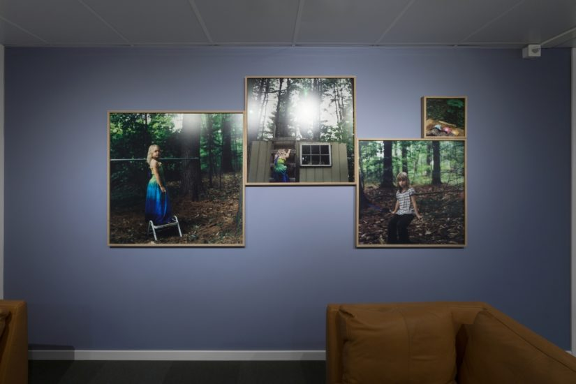 <em>The ideal state (Playing orphans surviving in the woods)</em>, Una Hunderi. Photographer: Werner Zellien