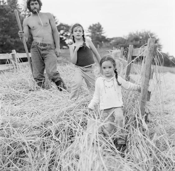 <em>The ideal state (Spreading straw mulch nurtures the plants)</em>, Una Hunderi. Photographer: Una Hunderi