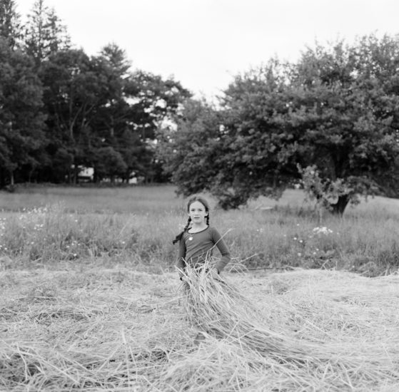 <em>The ideal state (Helping out around the farm)</em>, Una Hunderi. Photographer: Una Hunderi