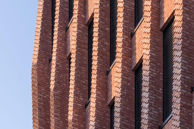 <em>Detalj fasade, Domus Juridica</em>, Mad arkitekter. Fotograf: Kyrre Sundal
