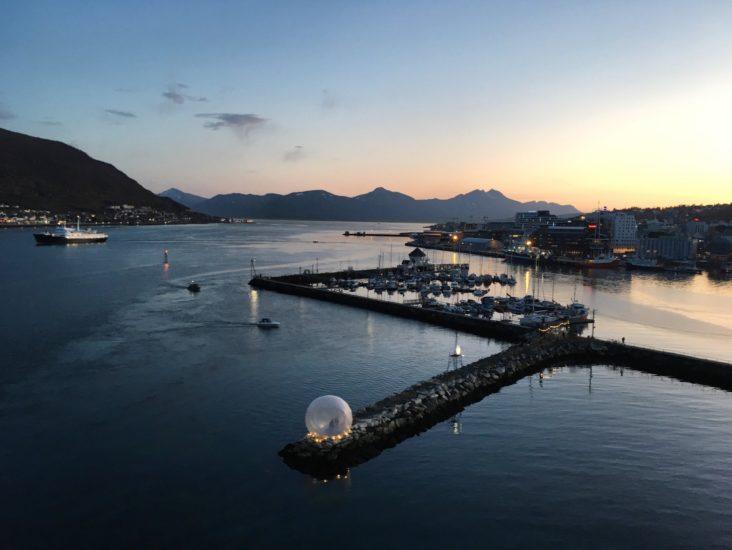 <em>Byromsfestivalen «Ka no?» utforsket de offentlige rommene i Nordbyen i Tromsø med kunst og intervensjoner</em>, . Fotograf: Annicken Vargel