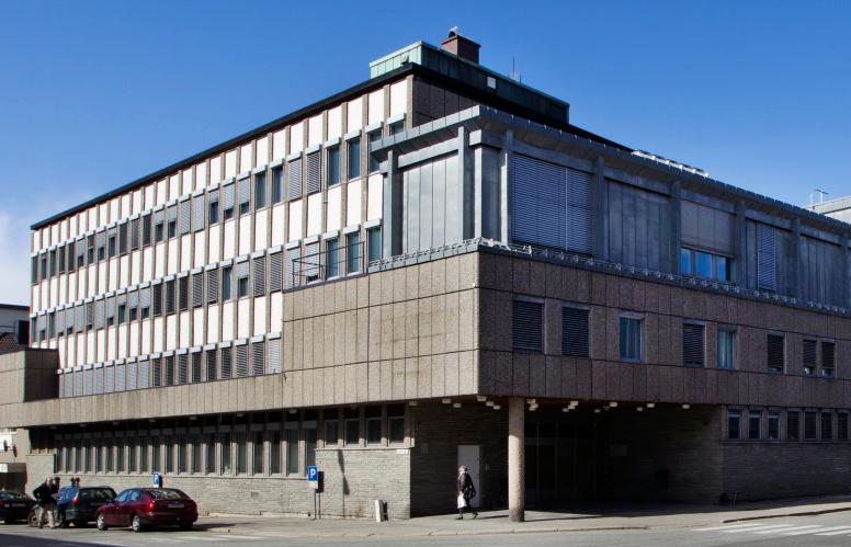 <em>Fredrikstad tingrett</em>,