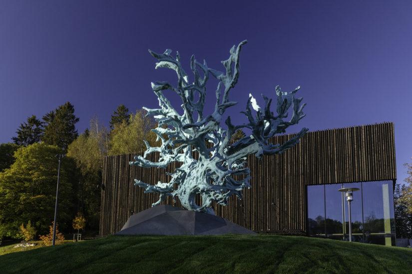 <em>Feeding from the Tree of Knowledge</em>, Katrin Schlegel. Fotograf: Werner Zellien