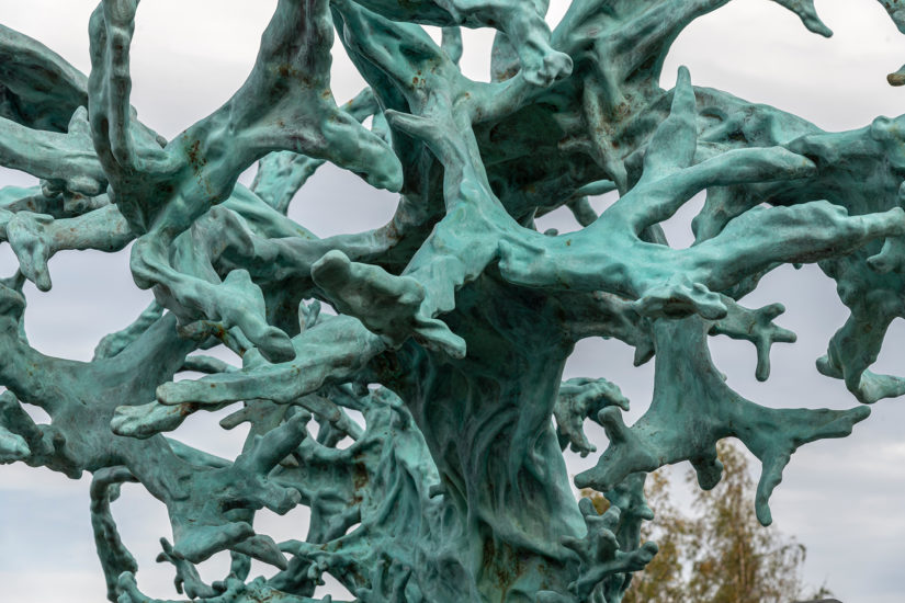 <em>Feeding from the Tree of Knowledge</em>, Kathrin Schlegel. Fotograf: Øystein Thorvaldsen
